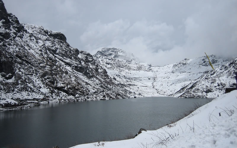Ecotourism has emerged as an important economic activity in the Gangtok region which includes trekking, mountaineering, river rafting, and other nature-oriented activities.