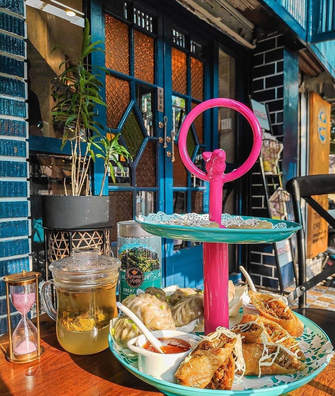 6 places to visit in Kolkata- Karma Kettle Tea, Elgin Hotels and Resorts