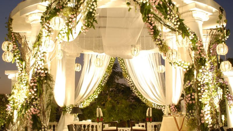 Have a destination wedding with luxurious accommodation and 5-star facilities at the Elgin's honeymoon & wedding resorts in Himalayas, honeymoon & wedding resort in Darjeeling, honeymoon & wedding resort in Kalimpong, honeymoon & wedding resort in Pelling, honeymoon & wedding resort in Gangtok